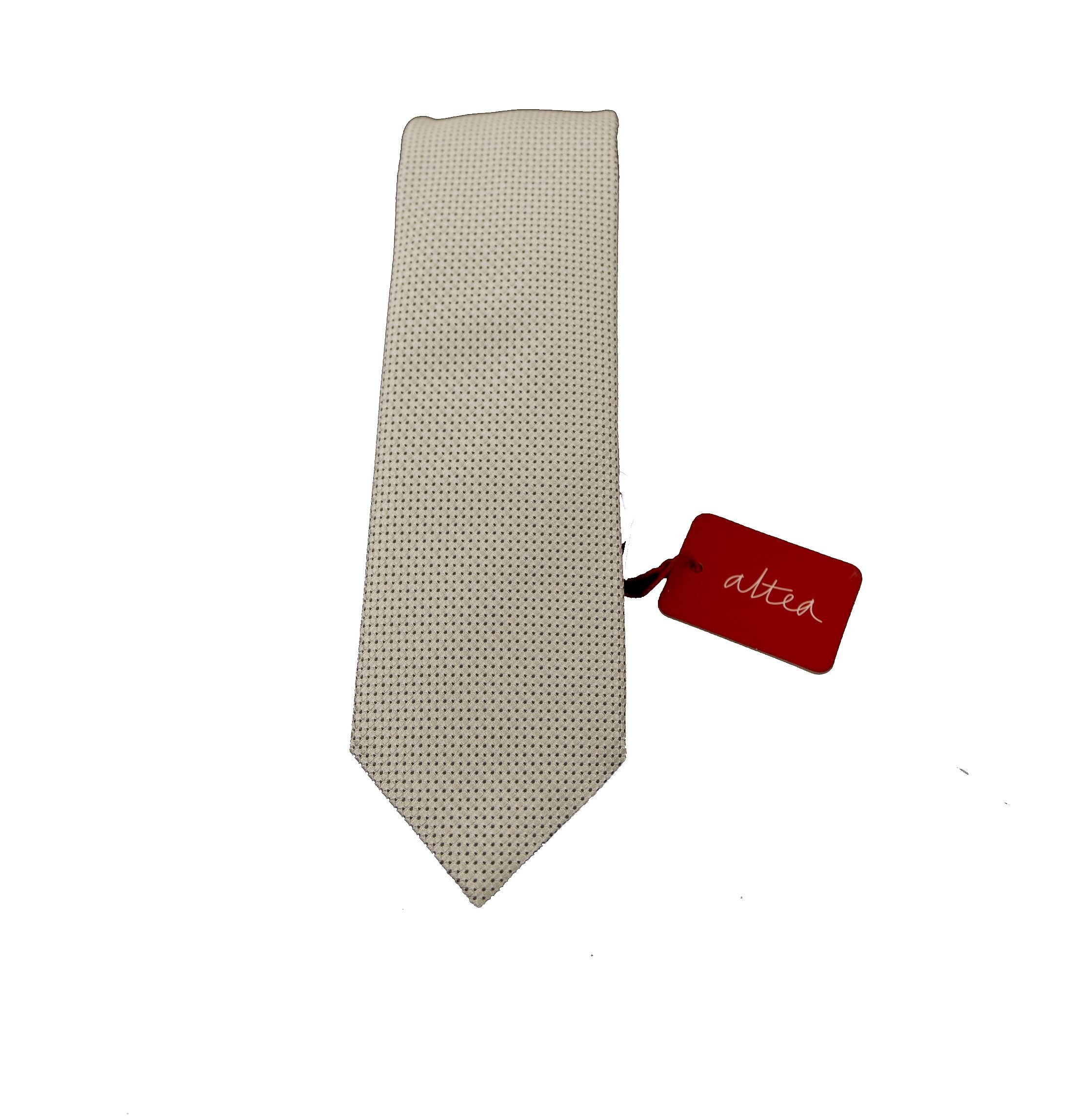 Picture of Pearl gray silk tie