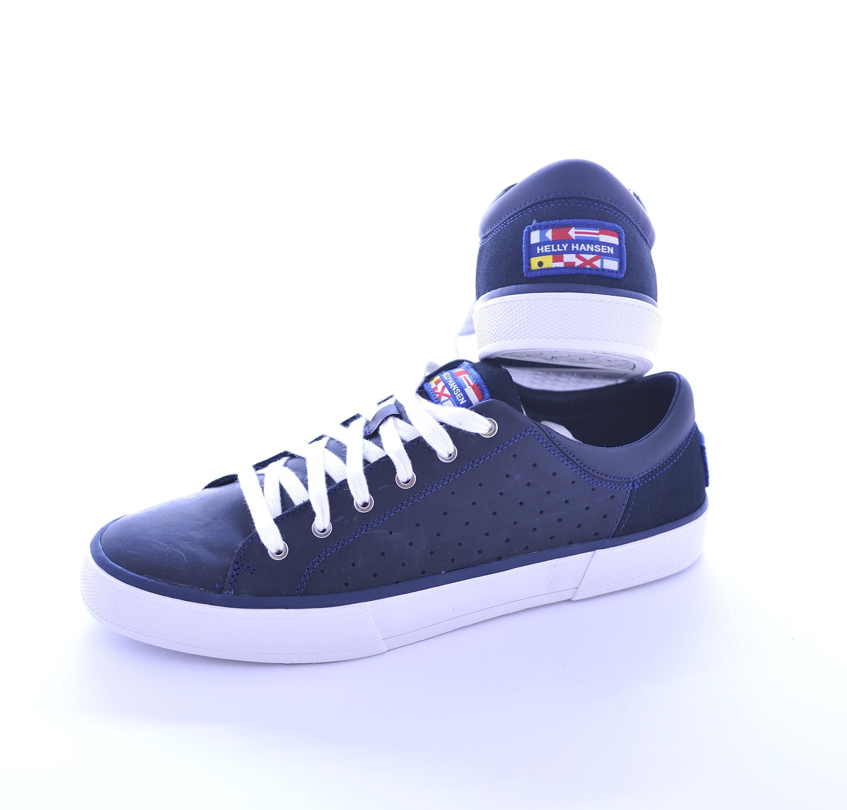 Picture of Blue leather sneaker