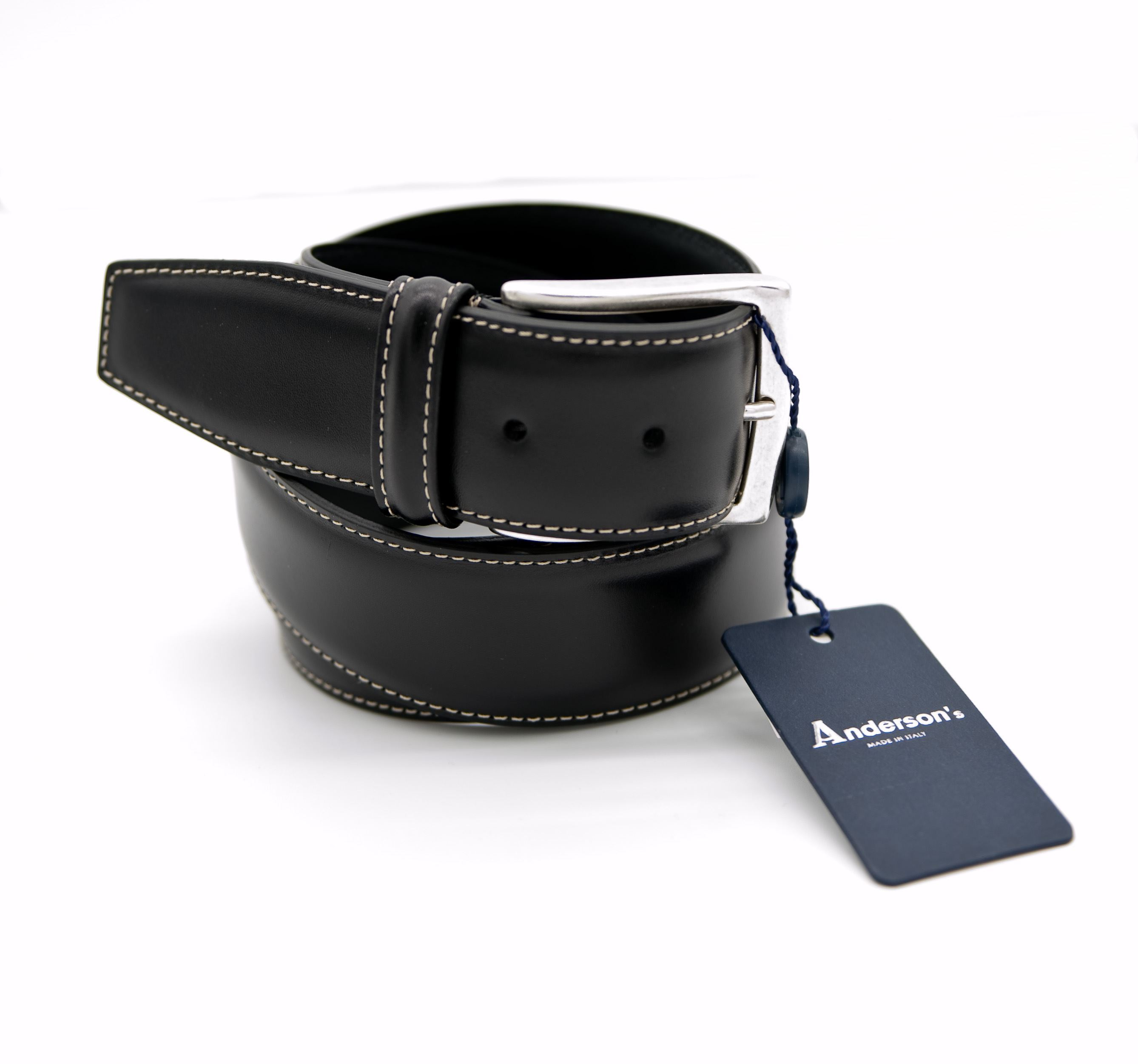 Picture of Black leather belt