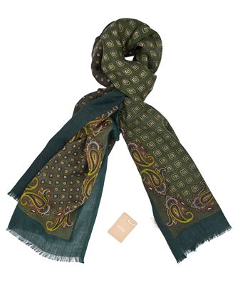 Picture of Dark green wool scarf