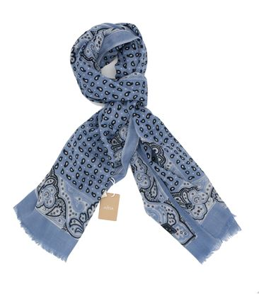 Picture of Light wool scarf light blue background
